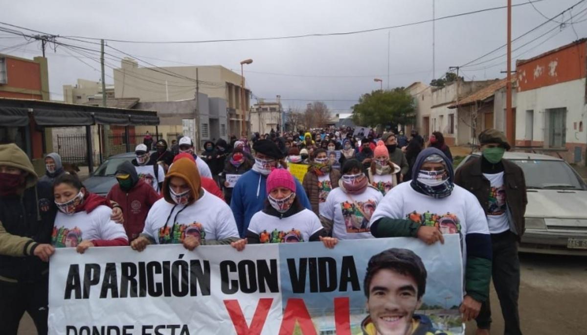 Protesta con distanciamiento para pedir por Facundo Castro - Noticias de  Necochea